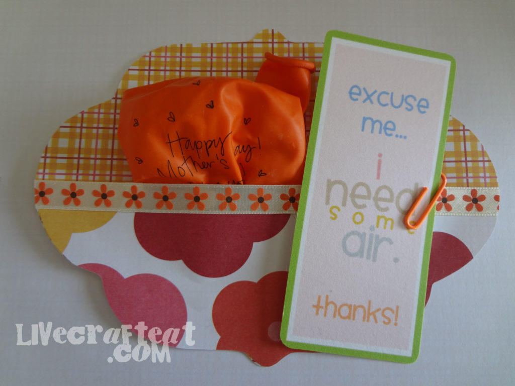 ballon and paper card craft