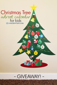an adorable vinyl christmas tree advent calendar for kids! totally removable and reusable for many christmases to come!