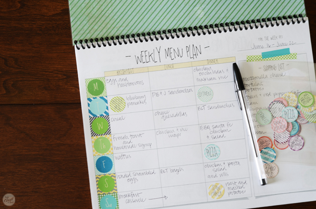 how to make an easy DIY meal planner