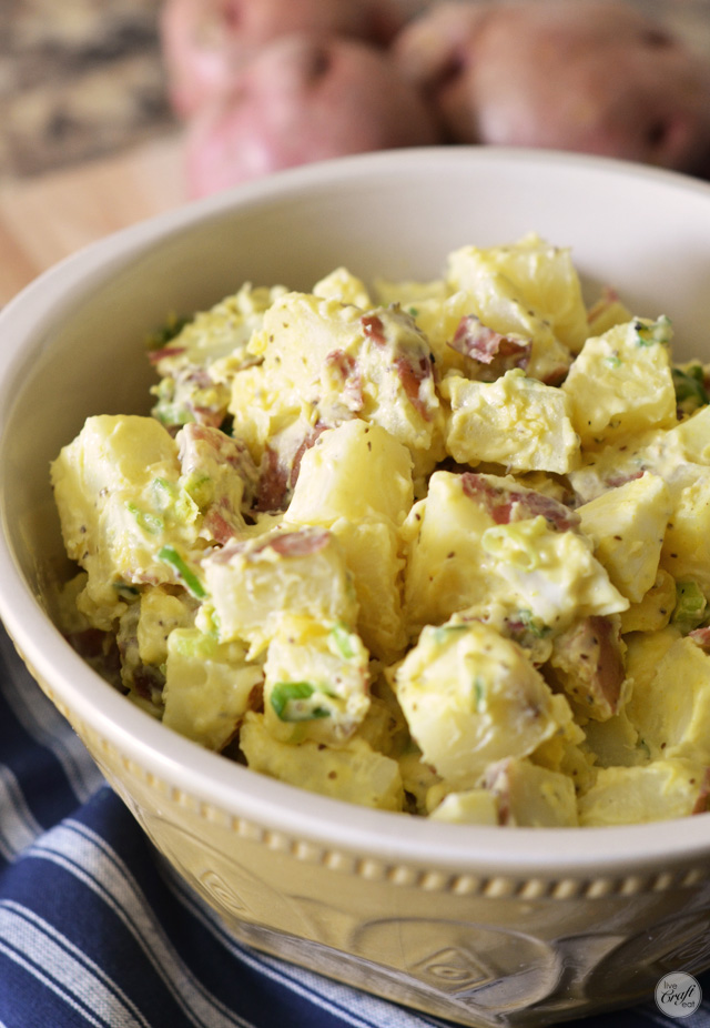 my favorite summer potato salad recipe :: uses red potatoes, and tastes to good i want to eat it all summer long!!
