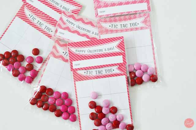 free printable valentines day cards for kids - tic-tac-toe!