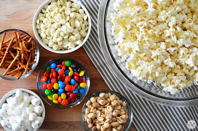 White Chocolate Popcorn Recipe With M Ms Lce