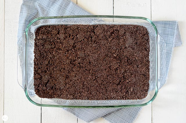 simple oreo crust - only 2 ingredients!