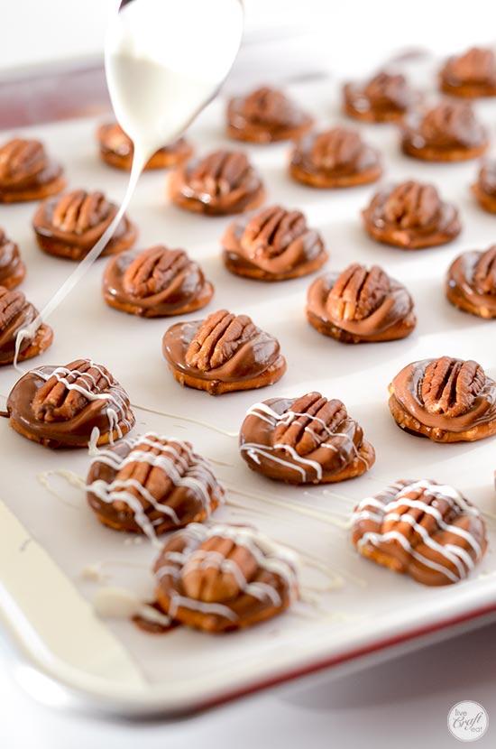 4-ingredient caramel turtles